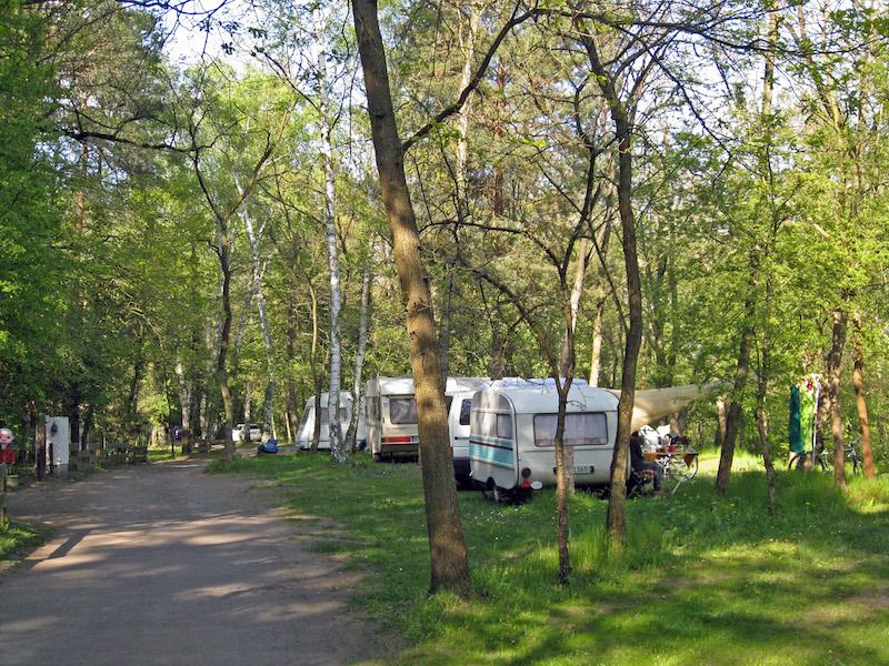Dauercamping_1_Natur_Campingplatz