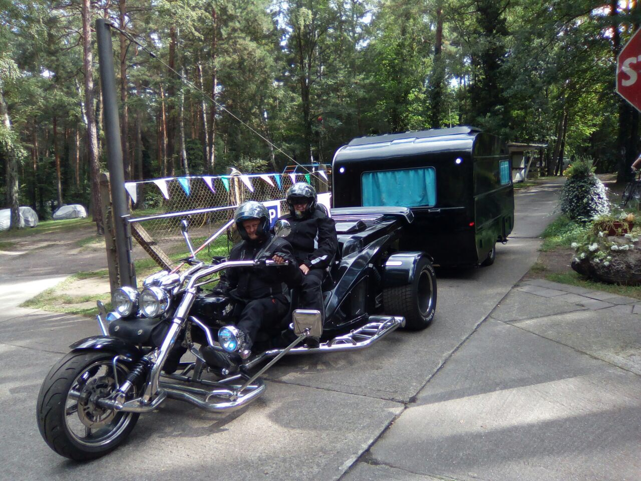 Trike_Campinganhaenger_Natur_Campingplatz